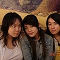 還是我們三估人!我跟靖妹妹好久沒見面了!!