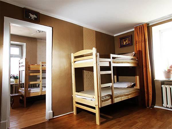hostel.jpg