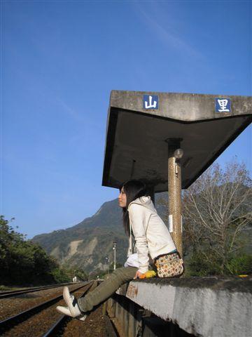 站長說這裡是全台灣距離公路最遠的車站,有七公里