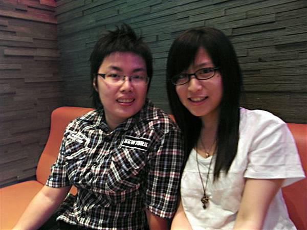 35號直到現在我們才熟起來呀,都是徐佳瑩的fan!