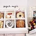 我也有中秋節的安琪拉禮盒,好幸福喔!!