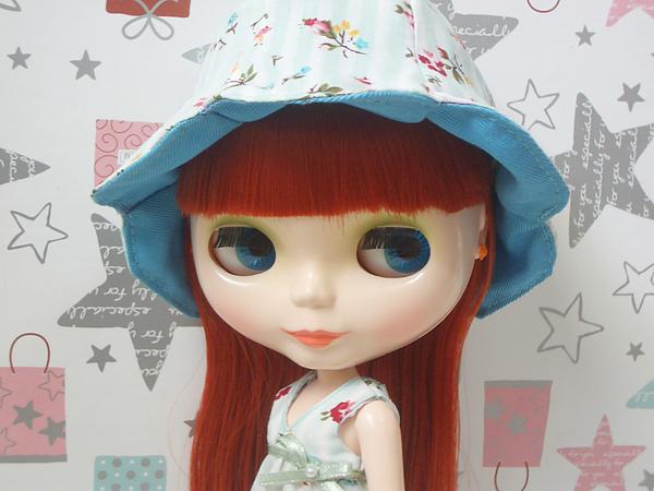 條紋花瓣帽1