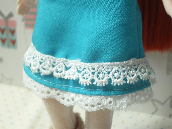連身裙裙擺