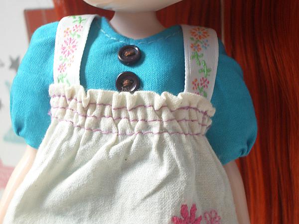 藍版圍裙織帶部分