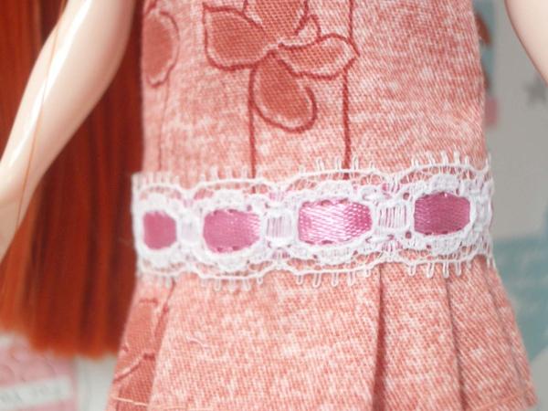蕾絲粉紅腰帶.jpg