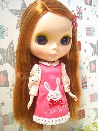 刺繡小兔洋裝
