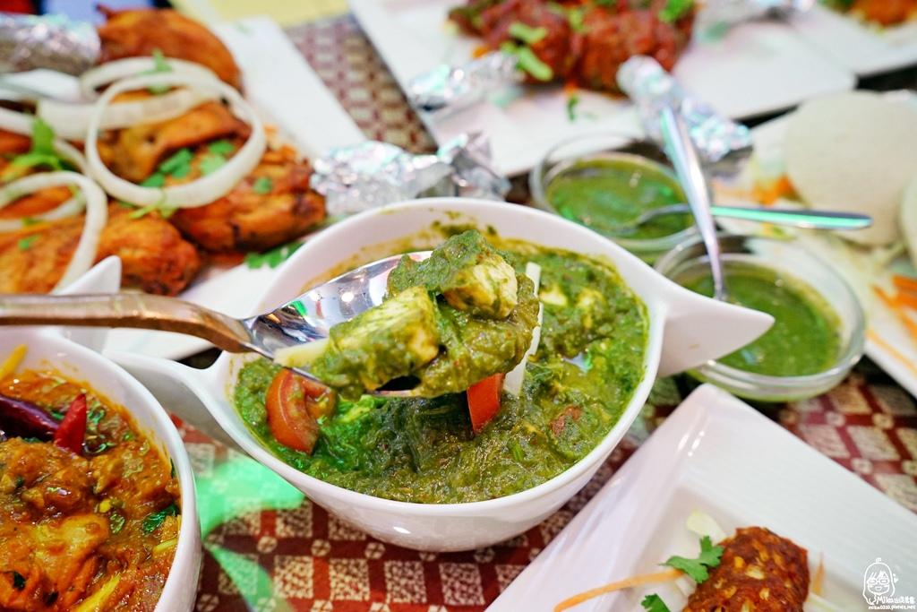 1489072049 3528492682 - 『熱血採訪』 Sree India Palace斯里馬哈印度餐廳-印度咖哩好厲害,顏色繽紛多彩又好吃!公益路旁巷弄間隱藏版的印度料理,正港印度人開的店,異國風味顛覆你的味覺習慣。