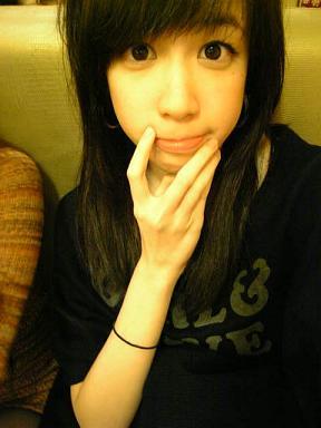 2009/02/21 白皙美女二號