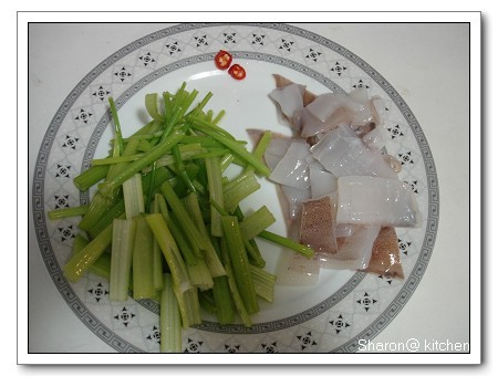 炒芹菜小卷-2.jpg