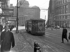 1- trolley through downtown.jpg