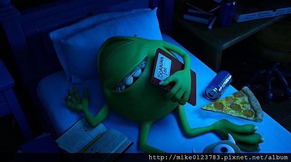 Monsters-University-Mike-Sleeping-1024x573