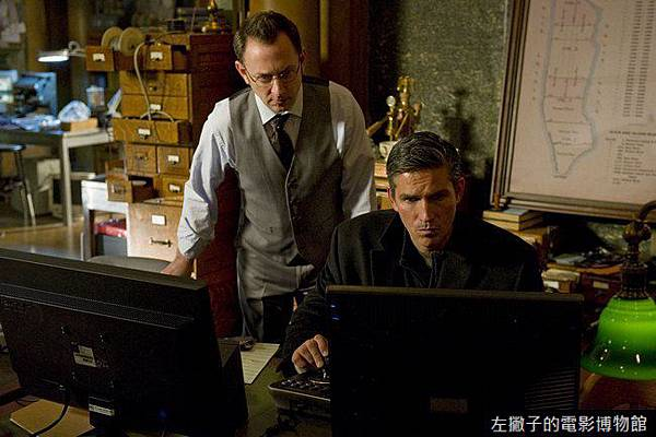 James-Caviezel-and-Michael-Emerson-in-Person-of-Interest-Season-1-2