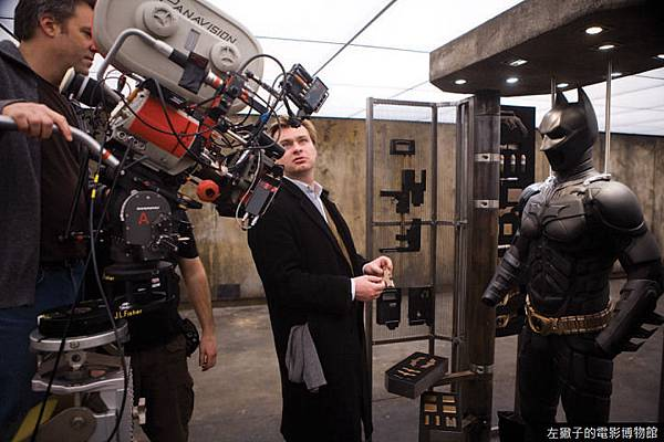 christopher-nolan-on-set