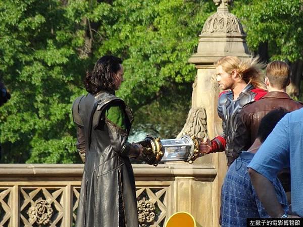 avengers-thor-loki-cap