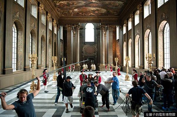 The-camera-crew-films-JOHNNY-DEPP-inside-of-Sir-Christopher-Wrens-famed-Painted-Hall-at-the-Old-Royal-Naval-College-in-Greenwich-England.-Ph-Peter-Mountain-Disney-Enterprises-Inc.-All-Rights-Reserved-49-960x637