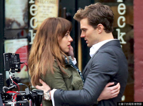 rs_560x415-140122101323-560.Dakota-Johnson-jamie-Dornan-Fifty-Shades-Of-Grey.jl.012214