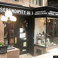 Entrance_to_Serendipity_3,_the_New_York_City_dessert_restaurant
