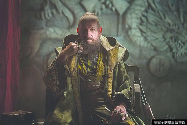 sir-ben-kingsley-as-the-mandarin-in-iron-man-3