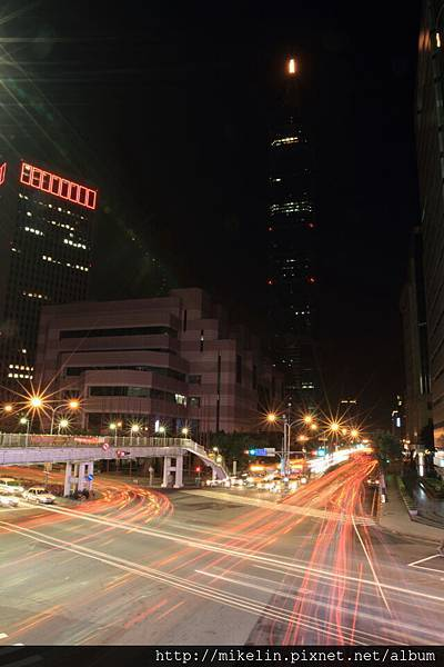 Taipei 101 and Xingyi Road Light rail