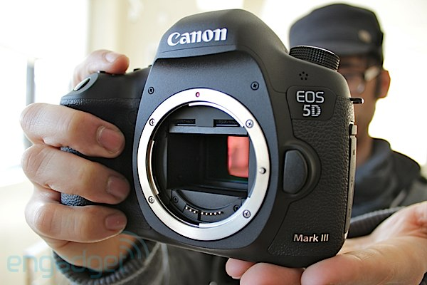 canon-announces-eos-5d-mark-iii-22-3mp-full-frame-sensor-6-fps