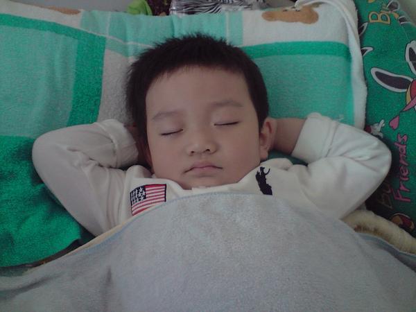 帥帥的睡姿