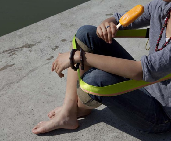 chairless1.jpg
