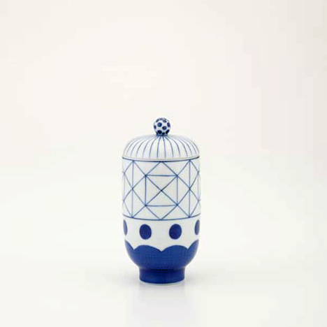 dzn_Ceramic-tableware-by-Jaime-Hayon-19.jpg