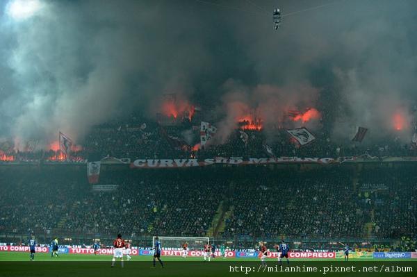 Milan-20101114-derby-1.jpg