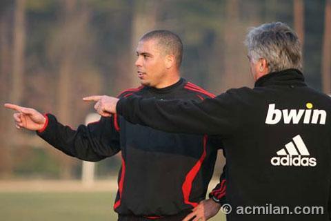200702-跟Ancelotti有同樣的寬度