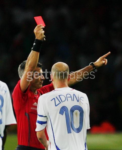 席丹以紅牌告別世界杯