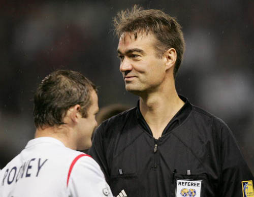 CL-Ronny vs Nilson Referee