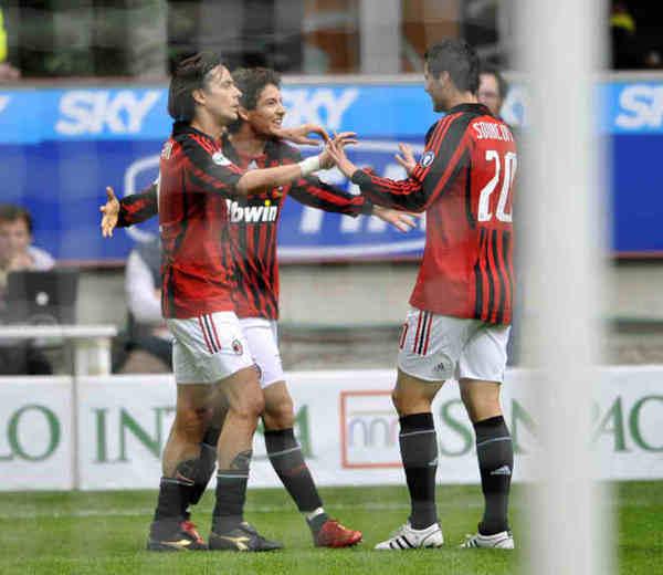 Milan-20080420-pato-goal