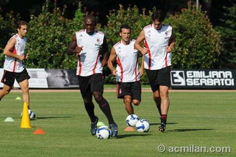 Milan-20080725-訓練-kaka-mathieu