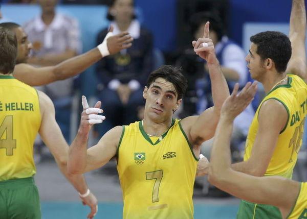 巴西男排-20080810-Giba不費力