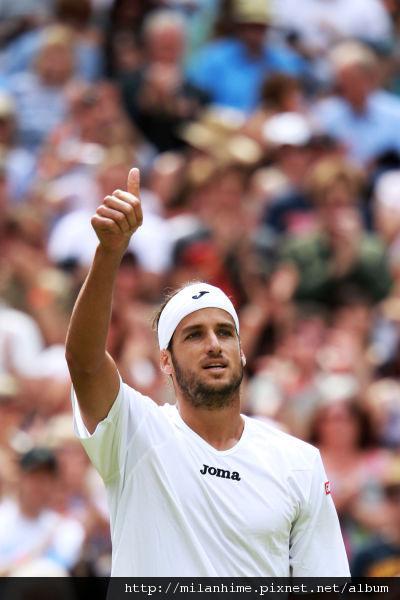 2011溫布頓-0624-R3-Lopez戰勝Roddick.jpg