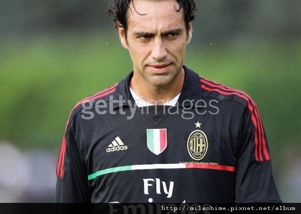 Milan-20110712開訓日-Milanello-Nesta2.jpg
