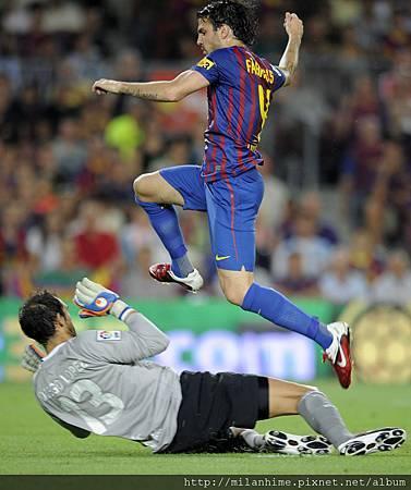 Barca-20110829-R02-Cesc-Goal-b.jpg