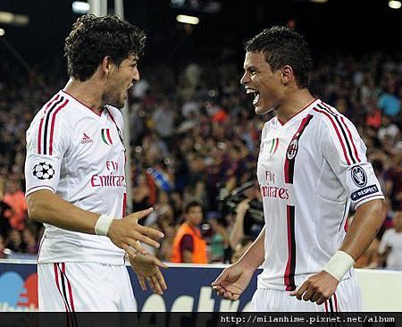 Milan-20110912-CLD1-Barca-PatoSilvagoal歡慶a.jpg