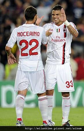 Milan-20110912-CLD1-Barca-後衛團隊Silva-Nocerino.jpg