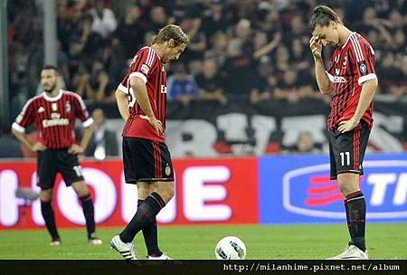 Milan-20111002-Juve-輸球後-Ambro-Ibra.jpg