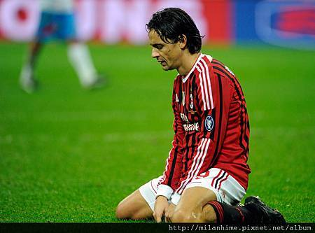 Milan-20111106-R11-Pippo沒進球的懊惱.jpg