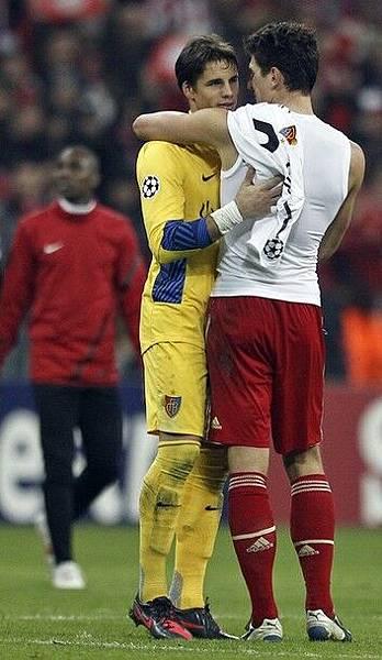 Bayern-20120313-CL16強-Gomez進四球-meetTheGK-Sommer