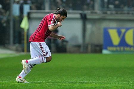 Milan-20120317-Parma-Rino副隊長