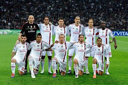 Milan-20120328-CLM8-Barca-11人