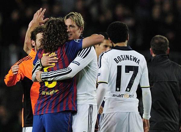 Barca-Chelsea-20120424-CLM12-Torres-Puyol這樣叫風度