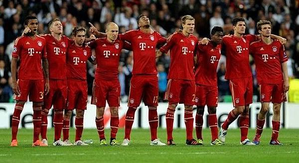 RM-Bayern-20120425-CLM12-PK-bayern
