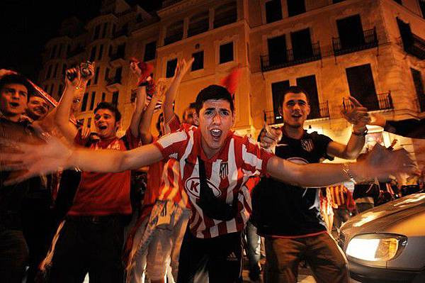 20120509-UEFAEuropaLeagueFinal-Atletico Madrid-fan