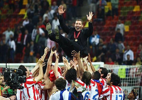 20120509-UEFAEuropaLeagueFinal-DiegoSimeone-冠軍教練