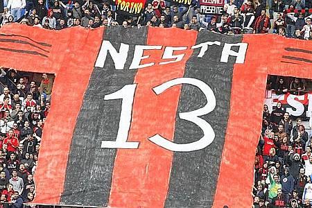 重點在場邊-20120513-Nesta-No13