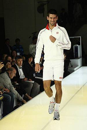 Nole-20120522-Paris-Uniqlo